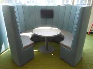 6 person seating circular office pods